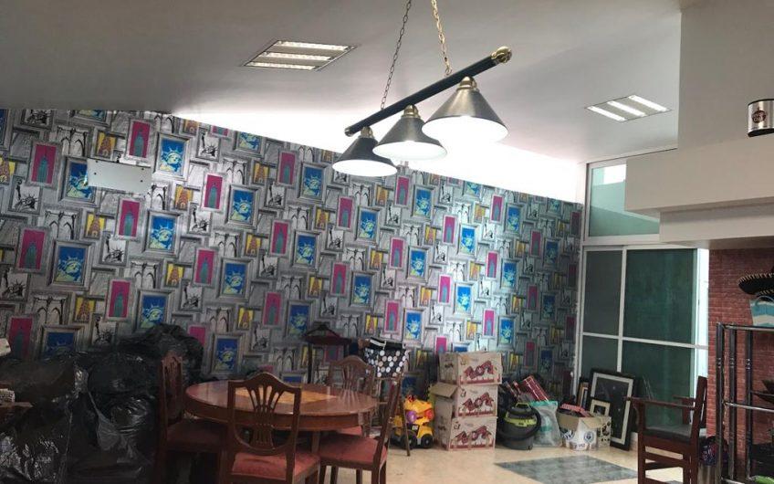 Casa de lujo en zona Del Valle